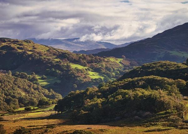 Islawr dref valley, Snowdonia by trailguru