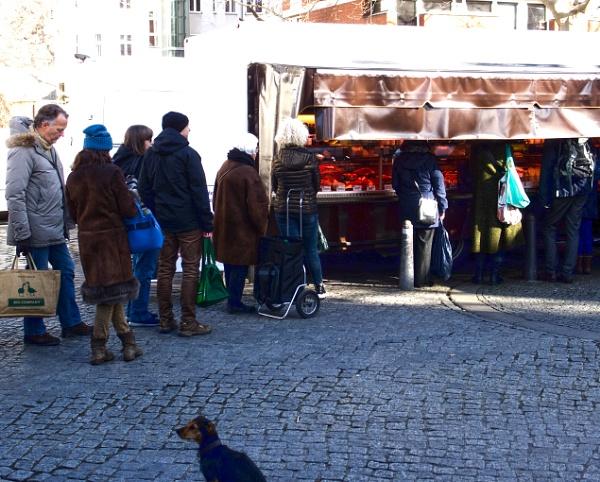 Market Saturday in Berlin by FotoDen