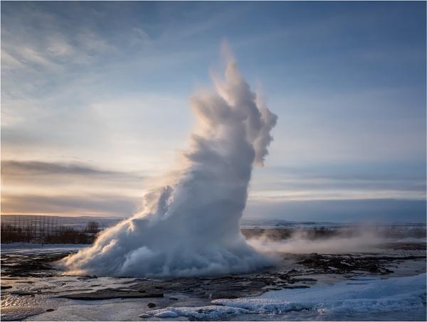Strokkur Geysir Iceland by Leedslass1