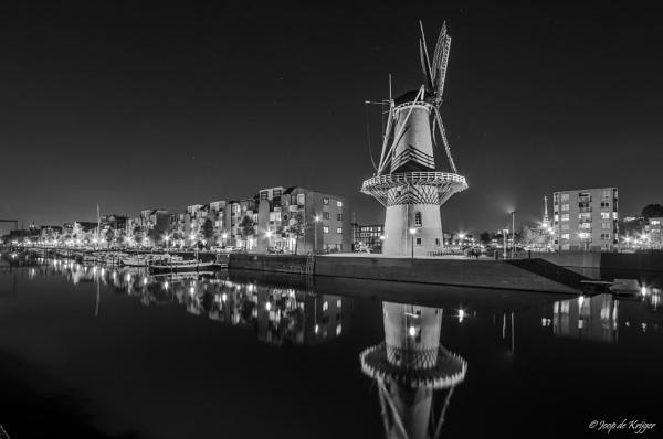 City Mill at night  by joop_