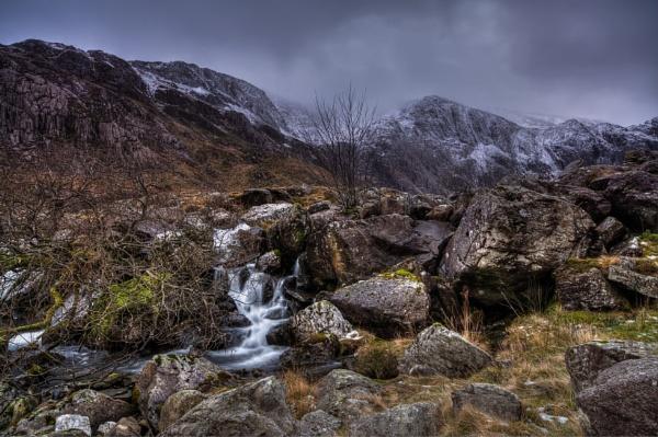 Wintery showers by Brenty