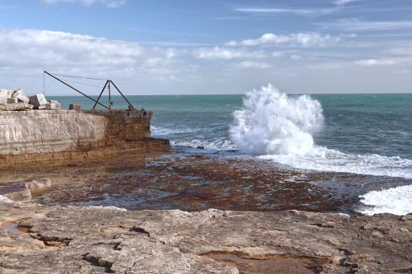 rough sea by janetj