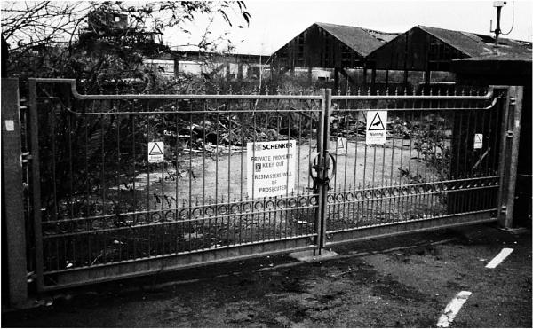Gate 9 by dark_lord