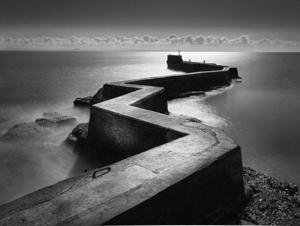 Zig Zag Peir by buddiePhotographer