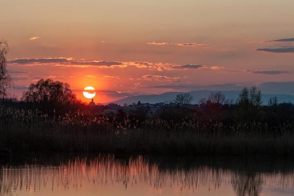 Sunset by drDinko