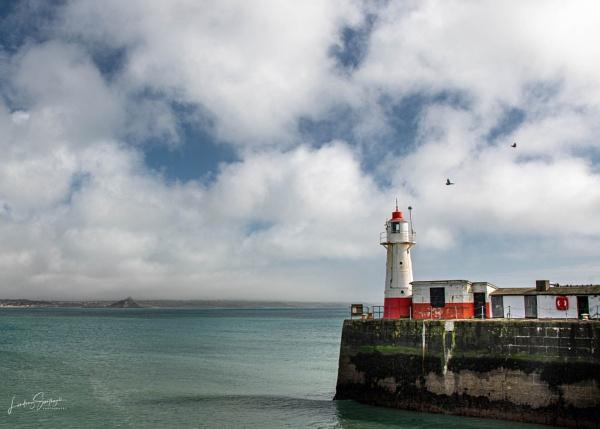 Newlyn Harbour Lighthouse by LLCJ