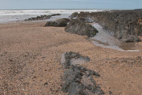 Seaside scene by Janetdinah