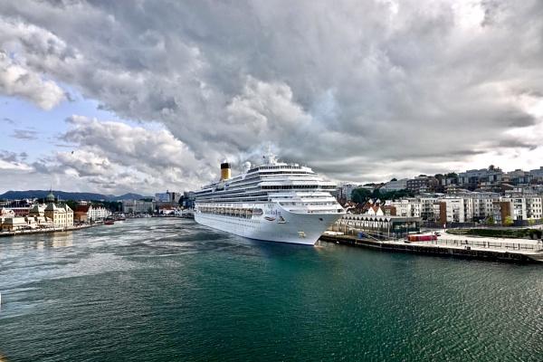 Stavanger1 by Debmercury