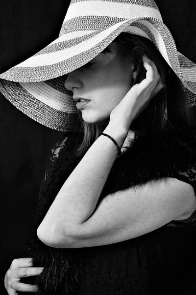 miss Antonia by debs_ohara