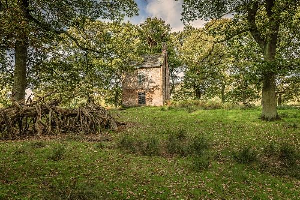 Slaughter House at Dunham Massey by bobbyl