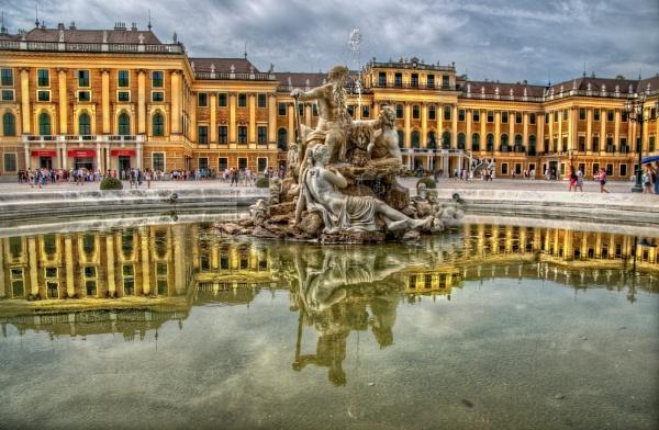 Schonbrunn Palace Vienna by sweetpea62