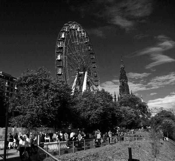 Big Wheel Edinburgh by elmer1