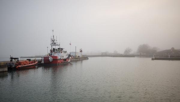 Mist on Lake Ontario by banehawi