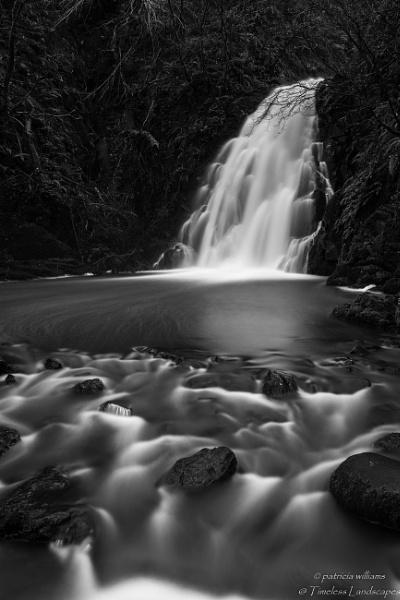 Gleno waterfall by PMWilliams