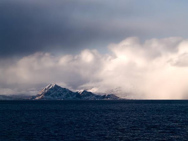 Lofoten Island by FotoDen