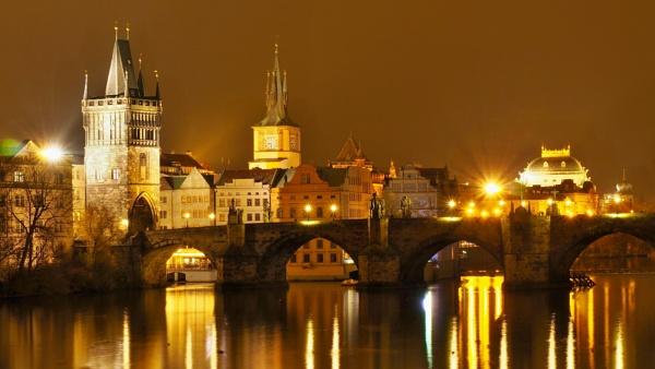 Golden Prague by GiorgioPresto