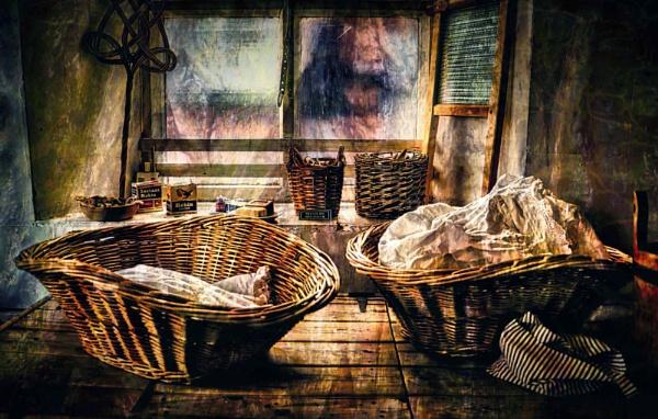Laundry Baskets by adagio
