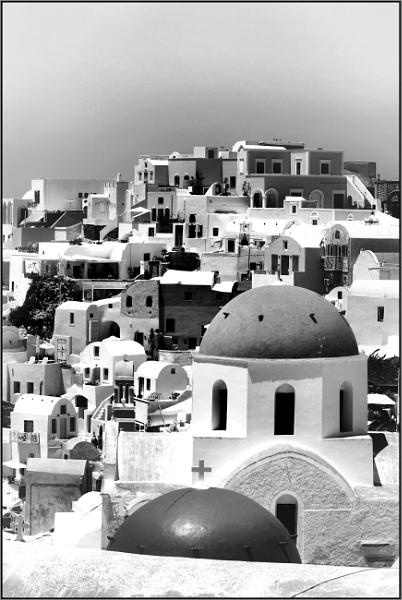 Greece in Mono 9 by lifesnapper