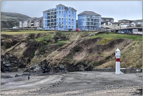 Port Erin Range Front Lighthouse by TrevBatWCC