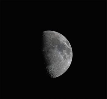 Moon 67%