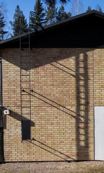 Saturdays shadows. by Jukka