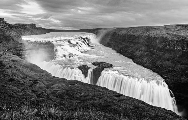Gulfoss Waterfall by pdunstan_Greymoon