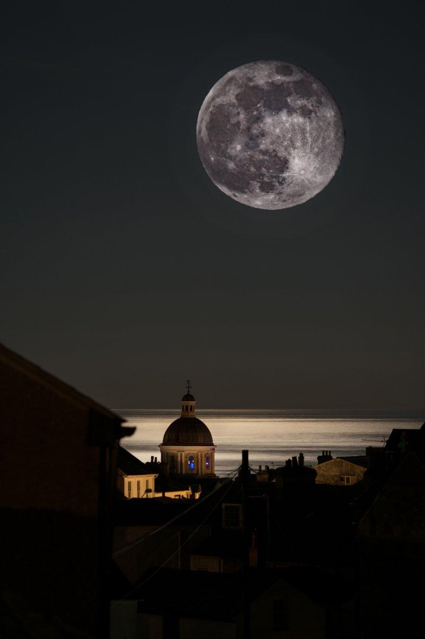 Wow ! the moons big tonight .