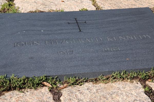 John Kennedy\'s Grave by Jeremy_Smith