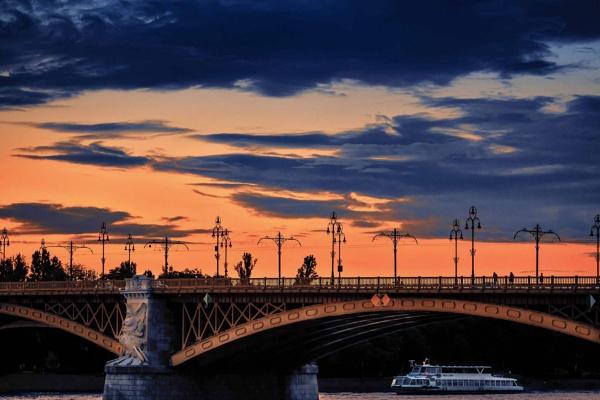 Sunset by ViVla