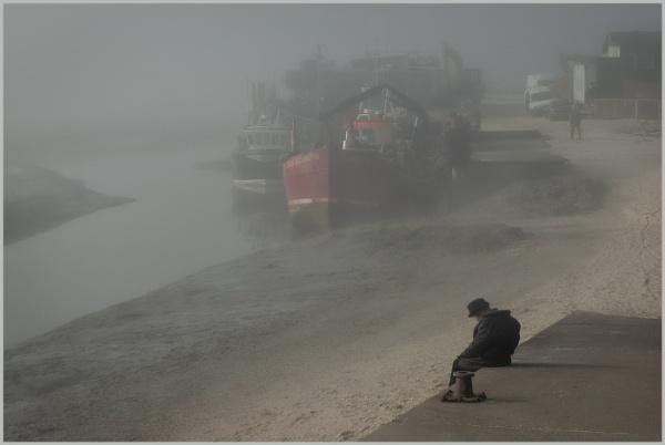 A Misty Start to the Day. by AlfieK