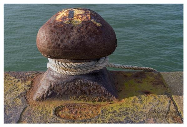 Bollard Southampton Docks by IainHamer