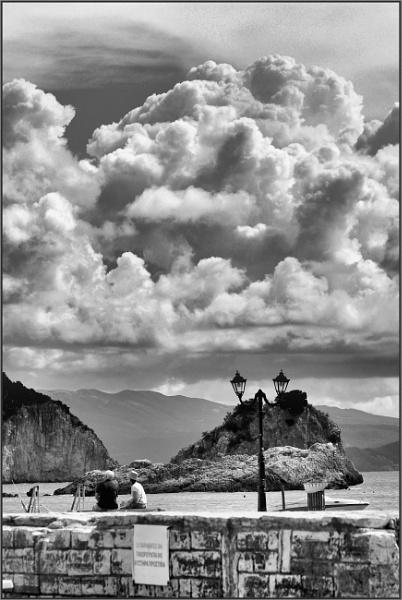 Greece in Mono 11 by lifesnapper