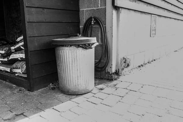 Dustbin by angryrebel