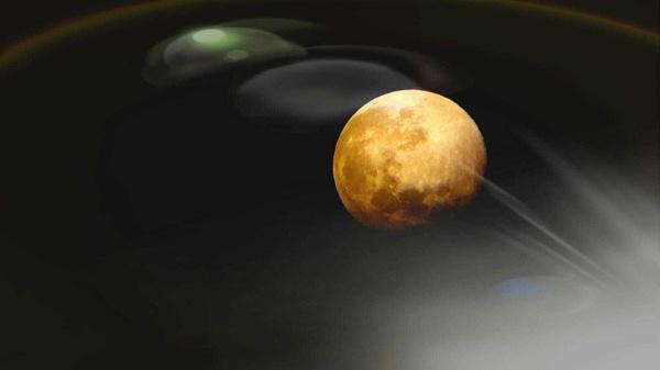 Moon 2 by stevept