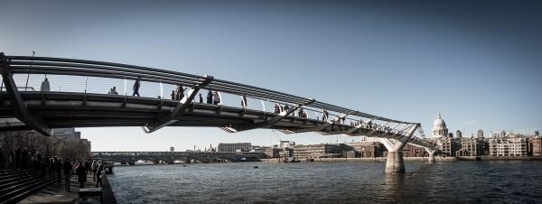 Millenium Bridge by RolandC