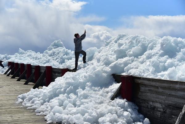 Wind blown ice by djh698