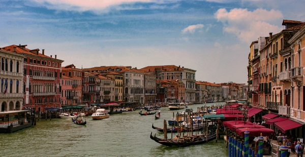 Life on the Grand Canal (Venice) by ivalyn
