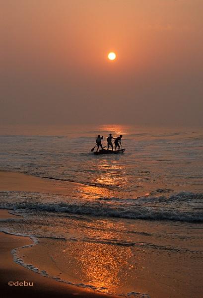 Sunrise at Puri Sea Beach (India)...7a by debu