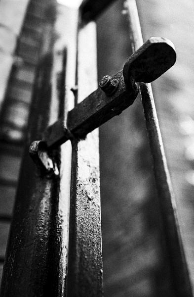 Lock down by Arvorphoto