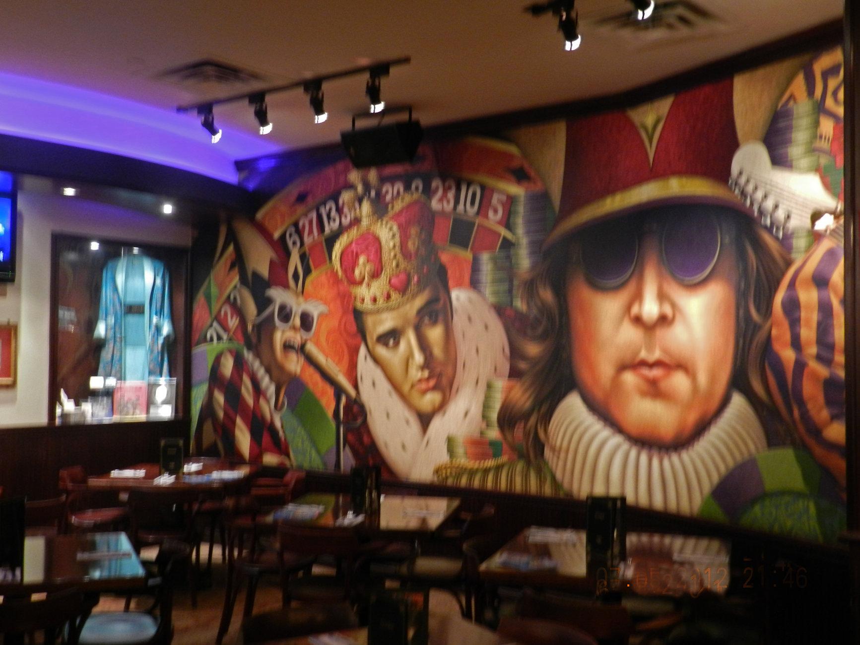 Elvis & Lennon  Hardrock cafe Canada
