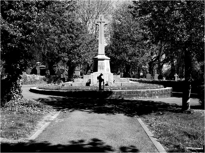 Tyldesley Cemetery Cenotaph