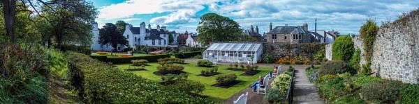 The Lodge Grounds, North Berwick by derek_nb