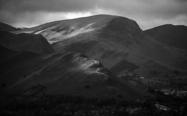 Dale Head and Cat Bells by rontear