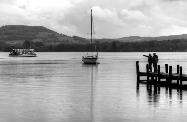 Watching on Windermere by kaz1