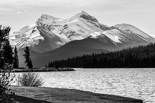 Canada Lake by pdunstan_Greymoon