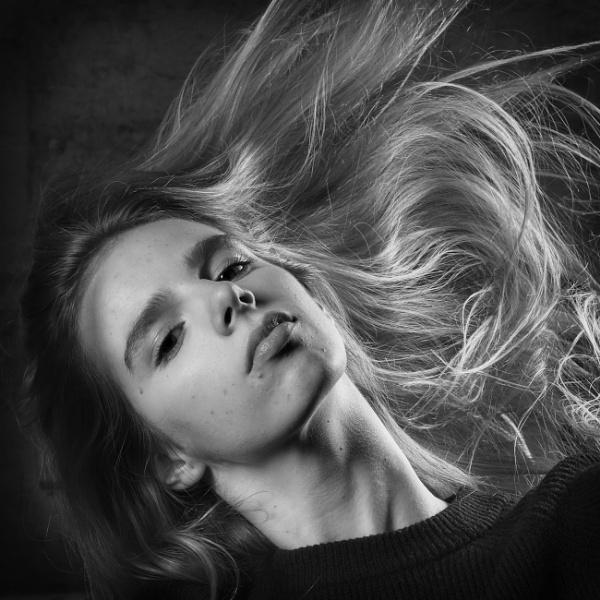 Portrait by MAK54