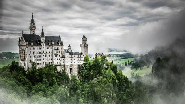 Neuschwanstein by Silverlake