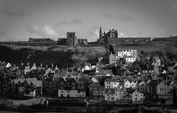 Whitby old town by paulsfrear