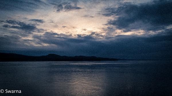 Blue Hours... by Swarnadip
