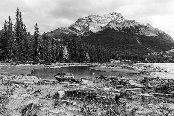 Athabasca River and Mount Kerkeslin by pdunstan_Greymoon
